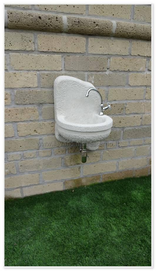 rubinetti da esterno moderni